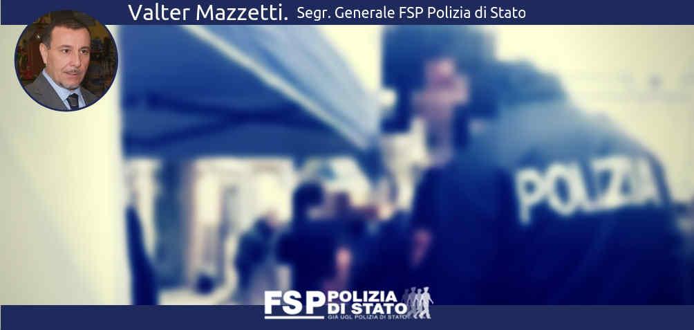 Lega poliziotti al gazebo